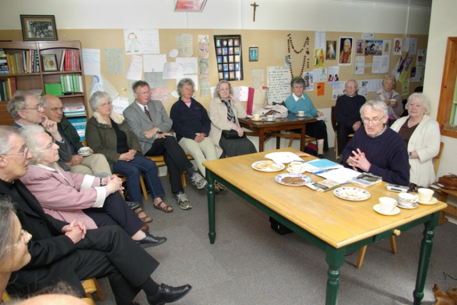 michael protheroe speaking at st paul social centre, tintagel, 2009